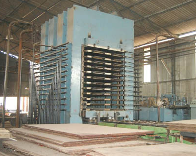 Hydraulic Press Manufacturers | Plywood Presses | Srichakra